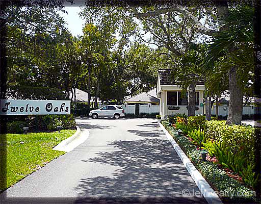 Twelve Oaks - Entrance