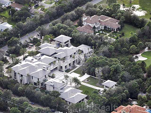 Magnificent Michael Jordans Massive Florida Home Is Complete Echo Home Interior And Landscaping Ologienasavecom