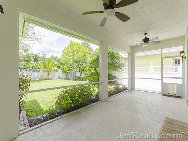 230 Caravelle Drive - Screened Porch
