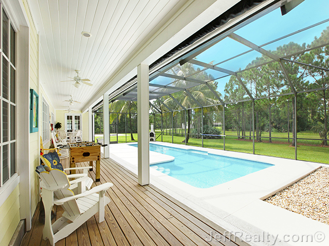2811 SE Tailwinds Road - Screened Swimming Pool & View