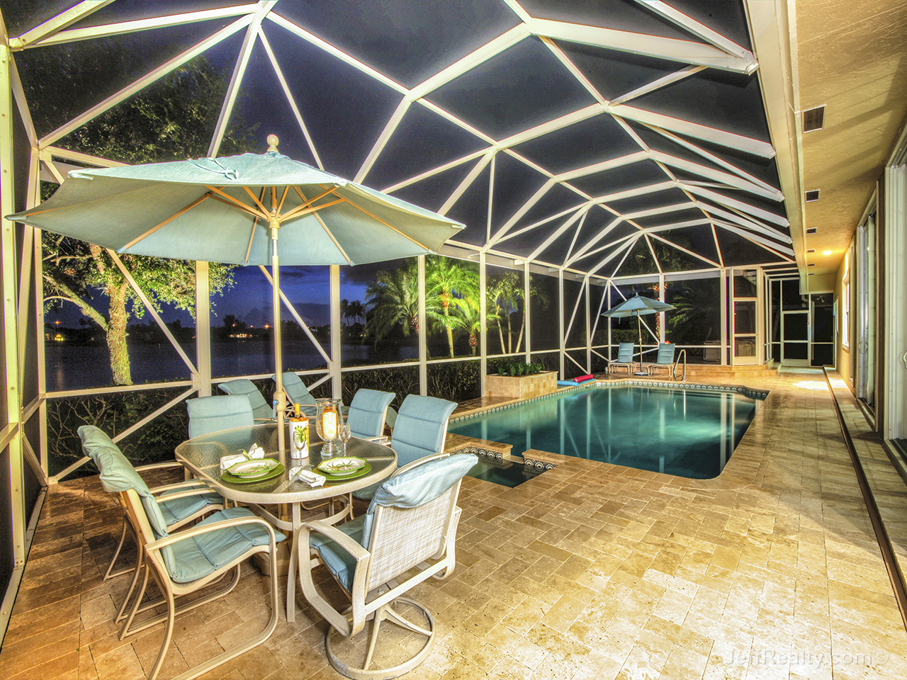 192 Thornton Drive - Screen-Enclosed Patio & Swimming Pool