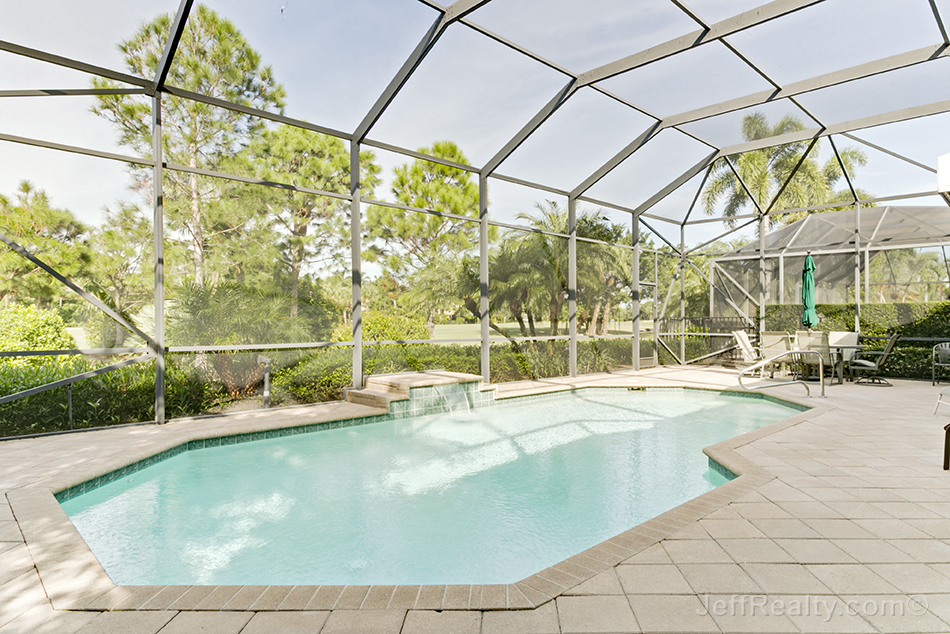 119 San Marco Drive - Screened Swimming Pool & Golf View