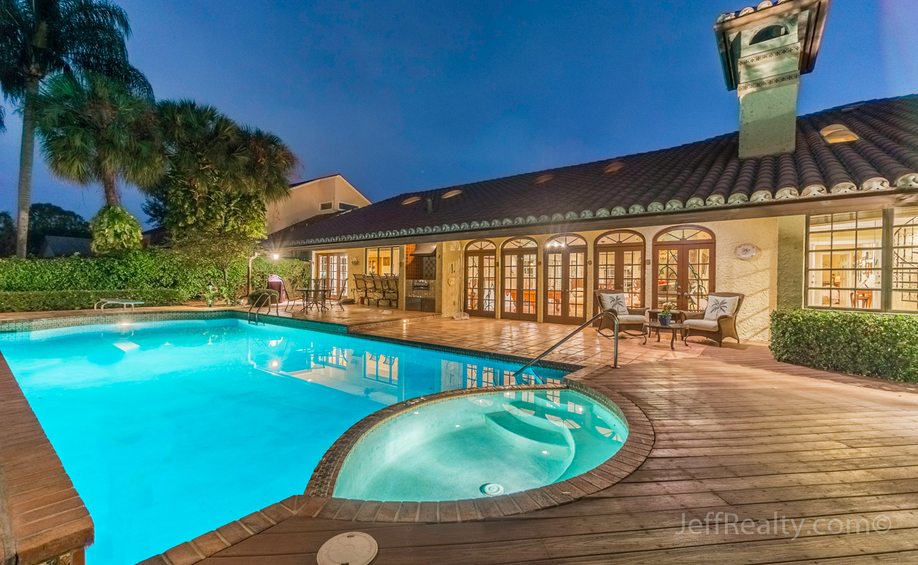 22 Marlwood Lane - Swimming Pool & Spa at Night - Marlwood Estates - PGA National