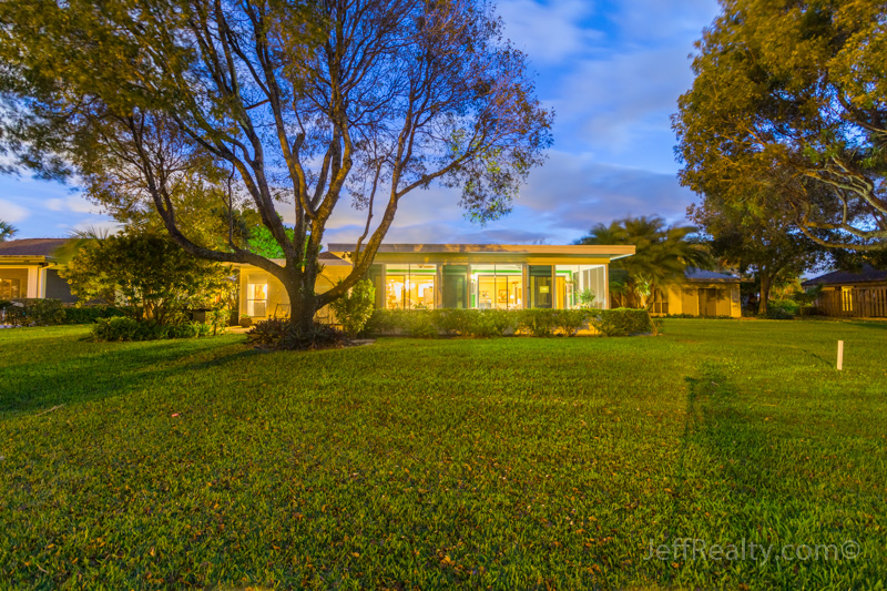 6350 Whispering Lakes Lane - Back & Yard at Dusk - Eastpointe - Palm Beach Gardens