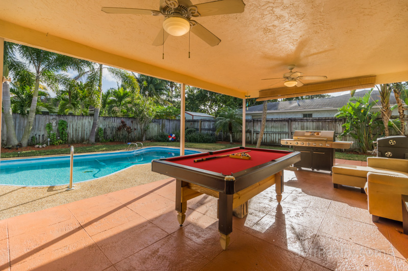 1496 Woodcrest Road N - Covered Patio - Woodcrest - West Palm Beach
