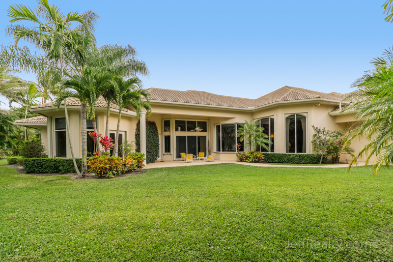 102 St. Edwards Place - Back & Yard - BallenIsles - Palm Beach Gardens