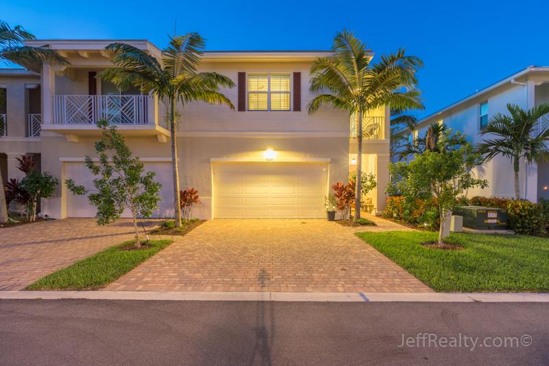 7265 Oxford Court - Hampton Cay - Palm Beach Gardens