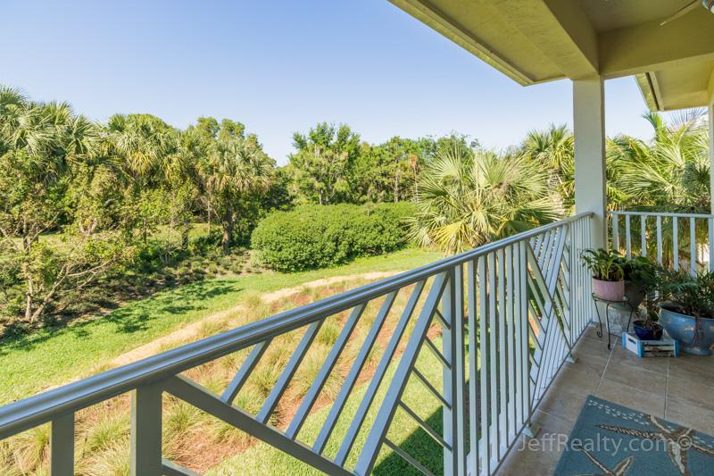 7265 Oxford Court - Balcony Preserve View - Hampton Cay - Palm Beach Gardens