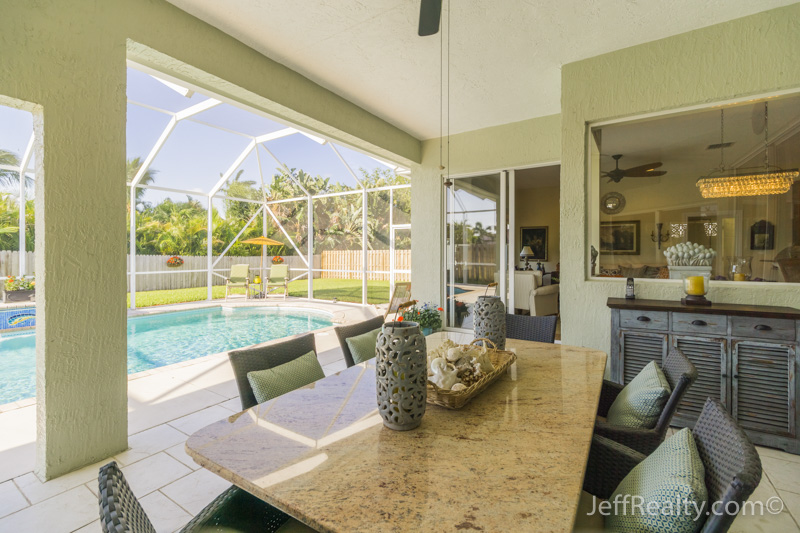 511 Cypress Court | Screened Pool/Patio & View |Cypress Ridge | Tequesta