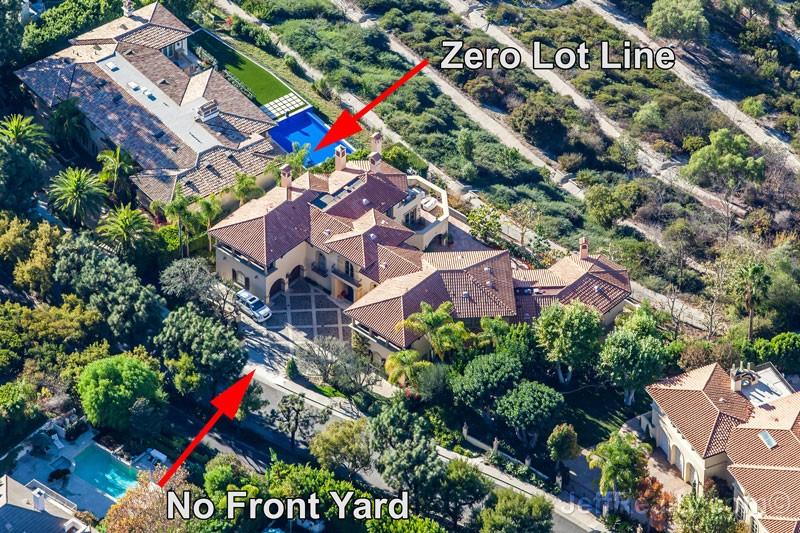 Vanna White's Zero-Lot-Line Palace