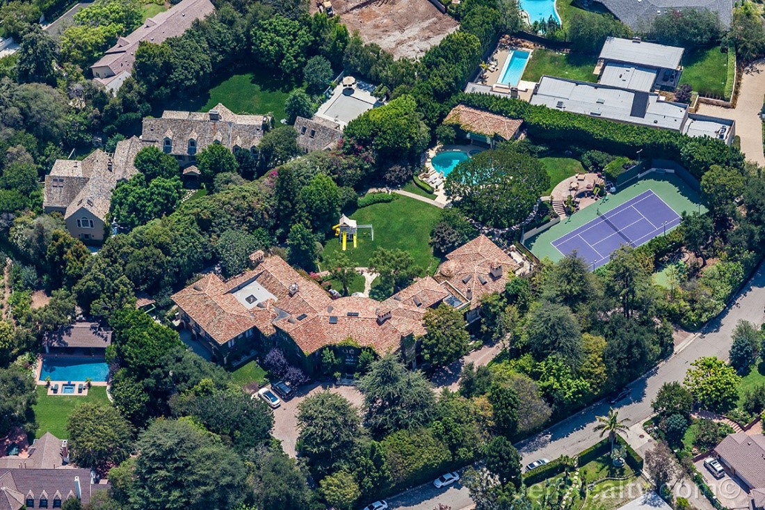 Sugar Ray Leonard's Giant Palace