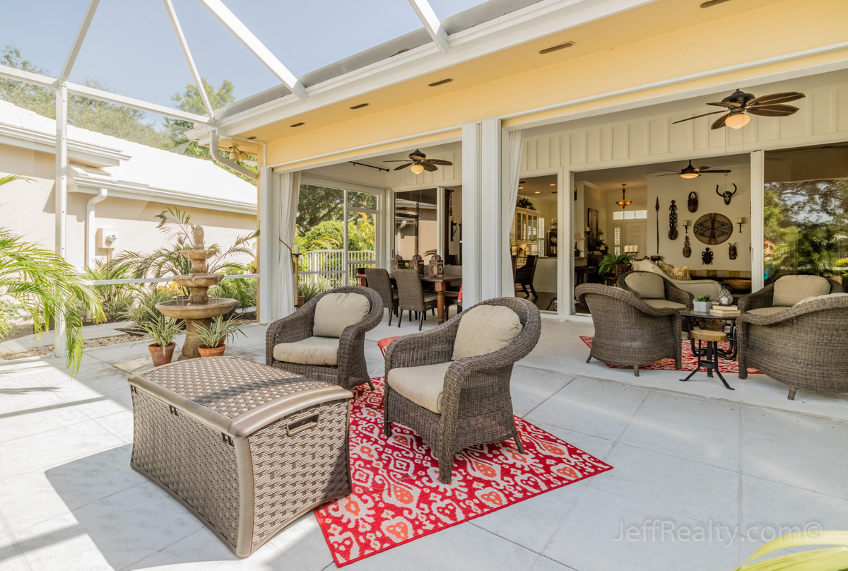 8625 Doverbrook Drive | Screened Patio | Garden Oaks | Palm Beach Gardens