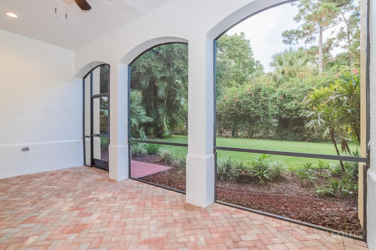 317 Chambord Terrace | Screened Patio | Frenchman's Reserve | Palm Beach Gardens