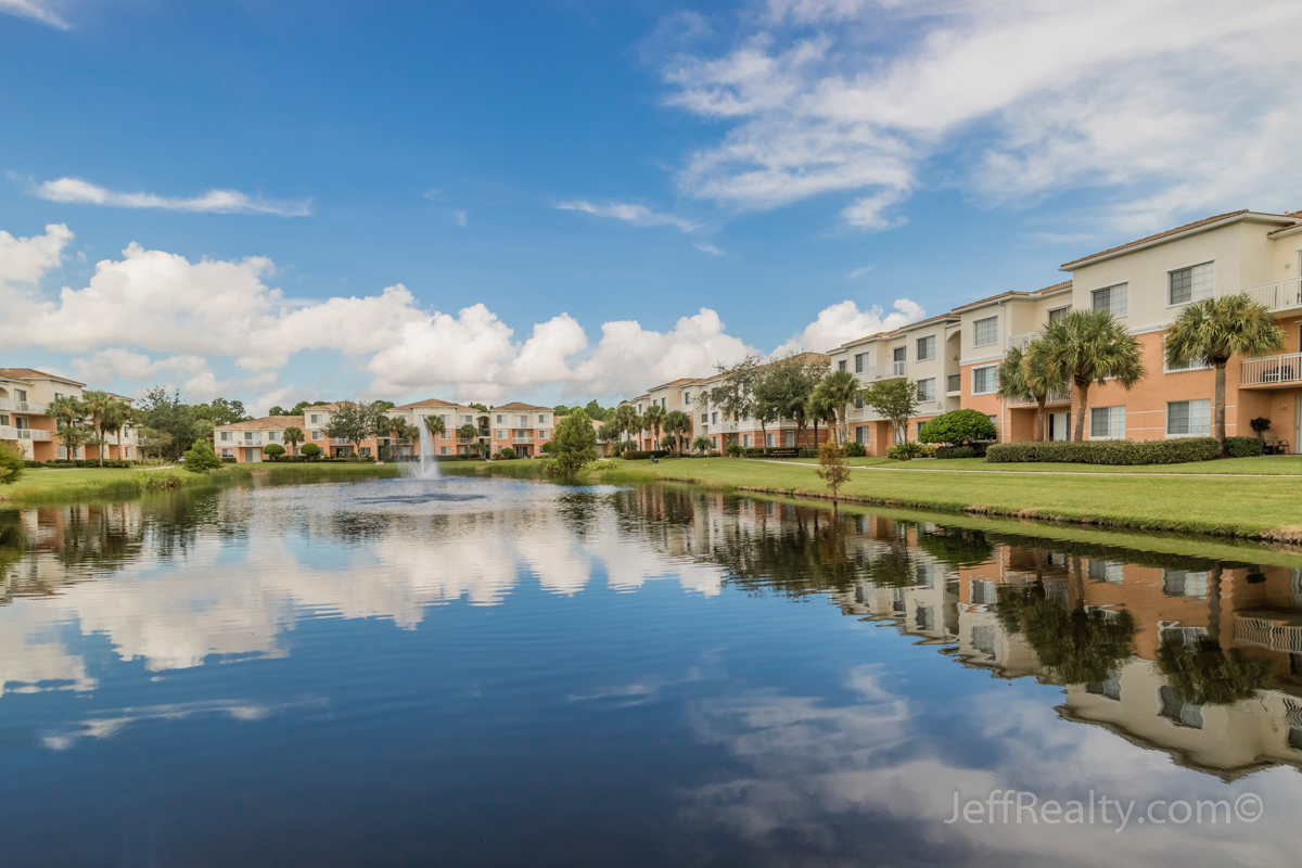 6207 W Myrtlewood Circle | View | Fiore | Palm Beach Gardens