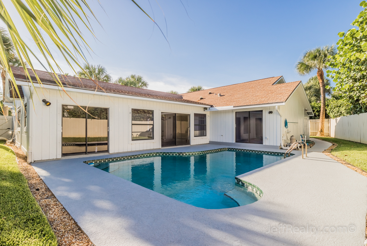 59 Colony Road | Swimming Pool | Jupiter Inlet Colony