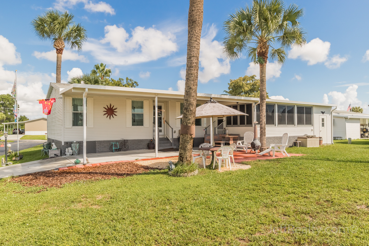 7445 43rd Drive N | Palm Lake Co-Op | West Palm Beach