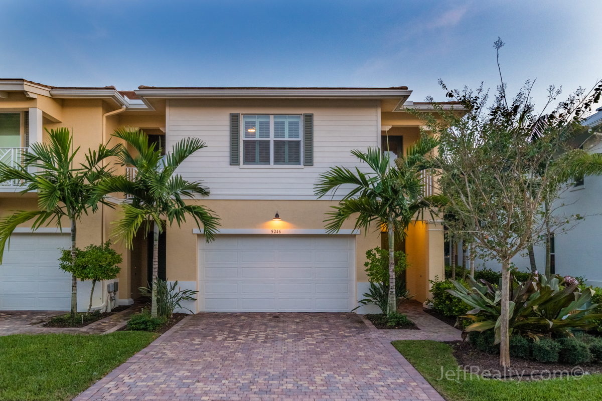5246 Cambridge Court | Hampton Cay | Palm Beach Gardens