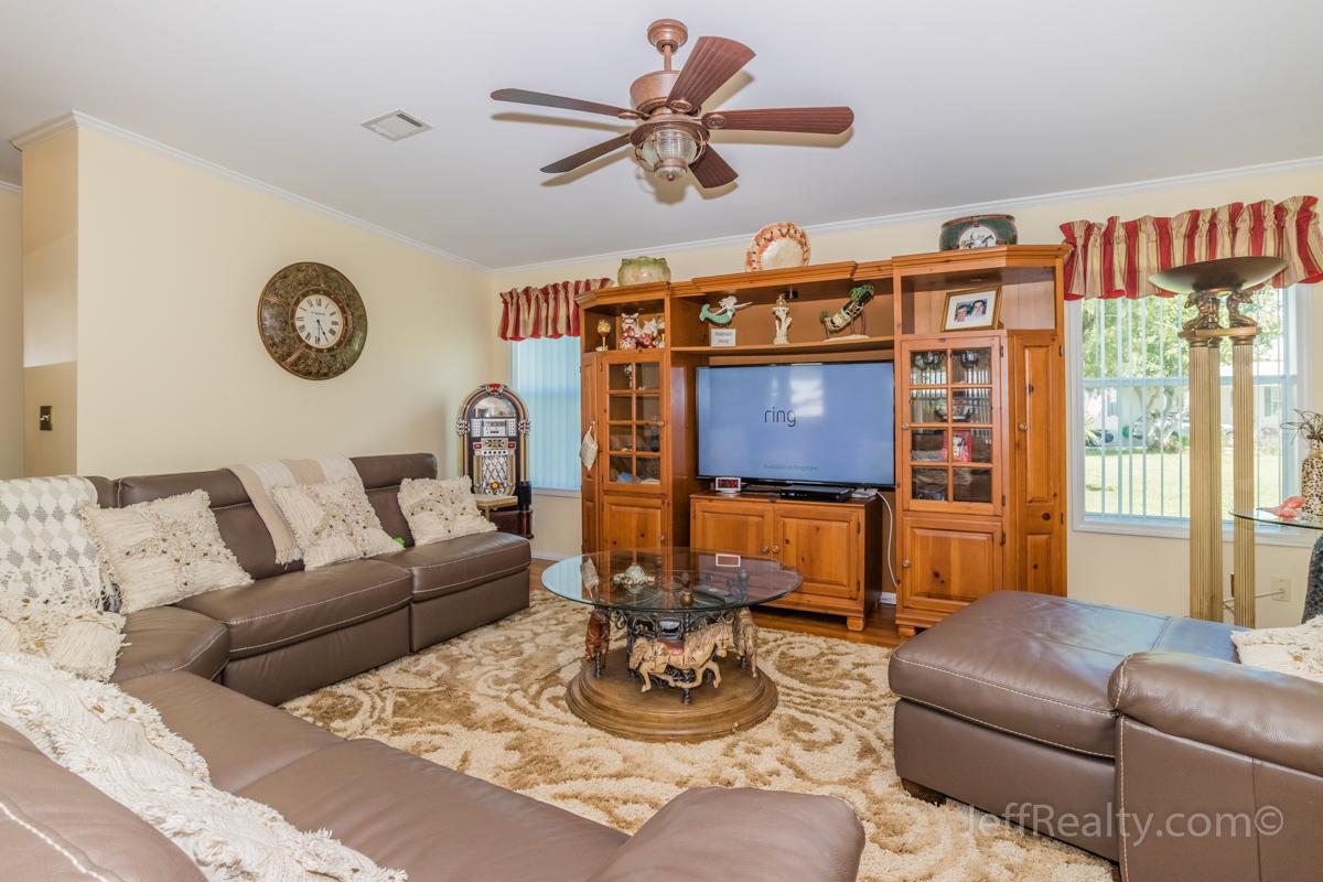 7445 43rd Drive N | Living Room | Palm Lake Co-Op | West Palm Beach