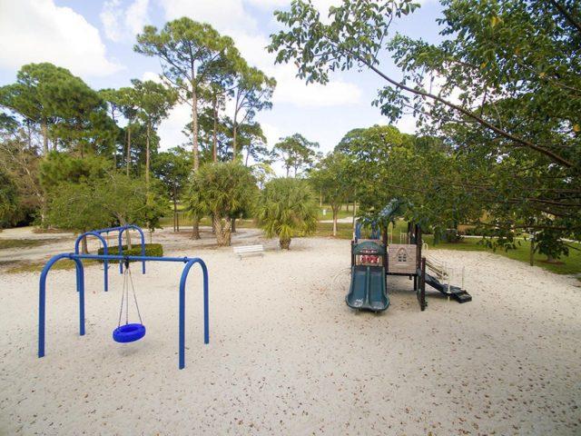 Garden Lakes Playground