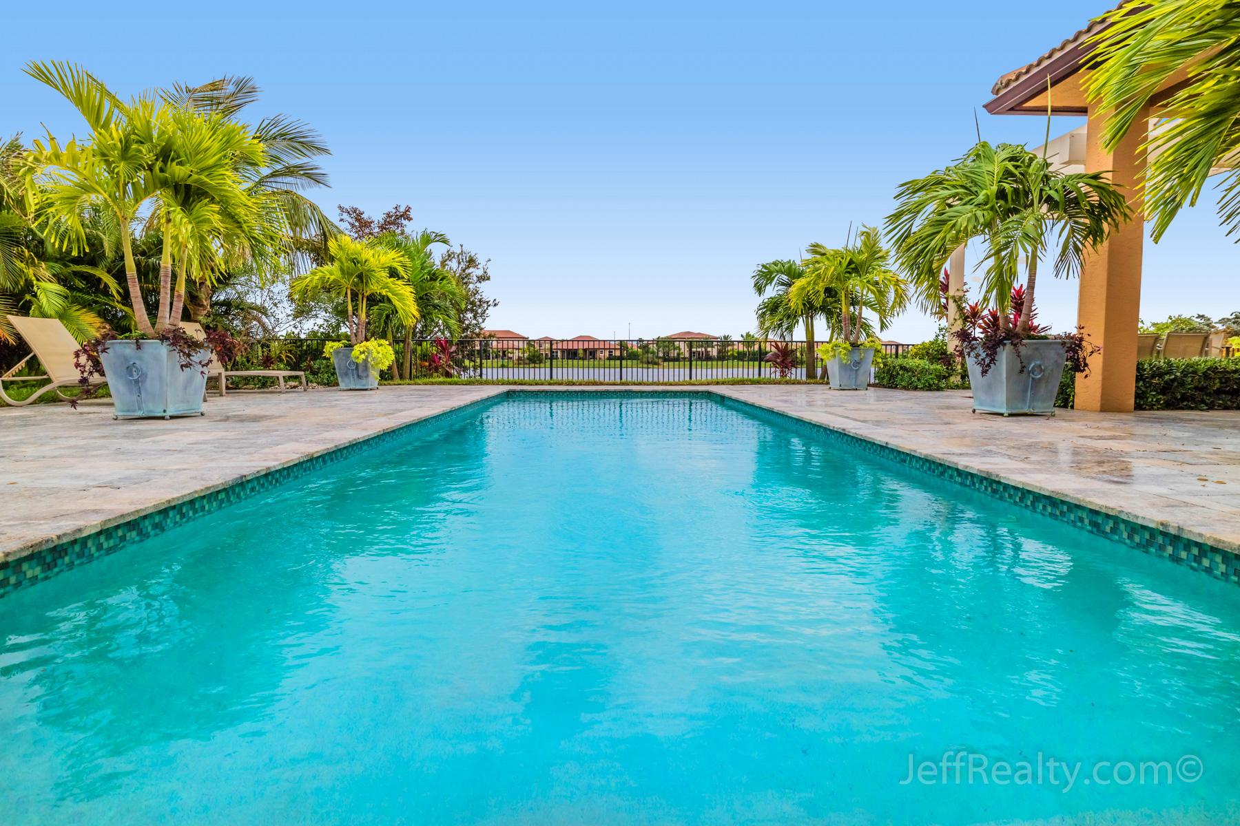 116 Manor Circle | Swimming Pool & View | Rialto | Jupiter