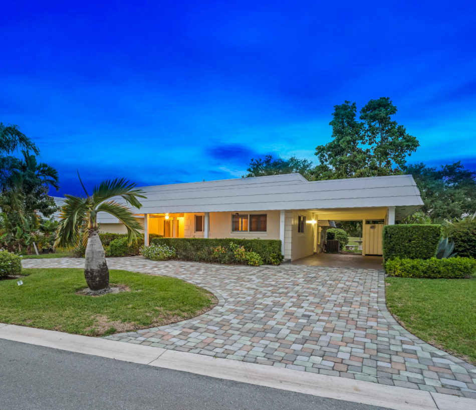 Just Listed   383 Villa Drive S   Absolute Beauty in Atlantis